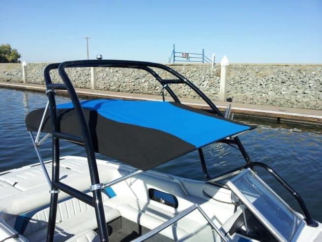 210 Curved stripe - black - pacific blue
